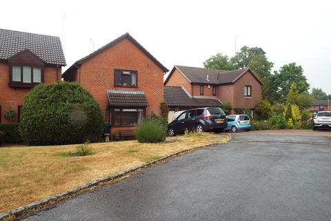 3 bedroom detached house to rent - Shaw Park, Crowthorne RG45