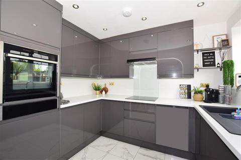 3 bedroom semi-detached house for sale - Lindenthorpe Road, Broadstairs, Kent