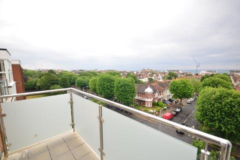 2 bedroom flat to rent - New Church Road Hove BN3
