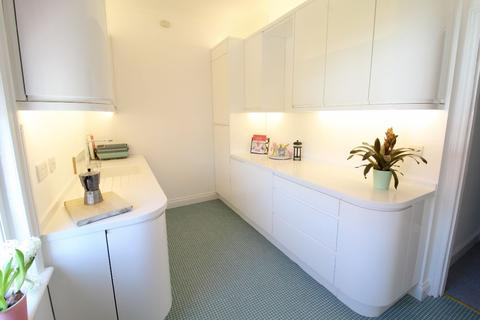 3 bedroom apartment for sale - Iddesleigh Road, Bournemouth