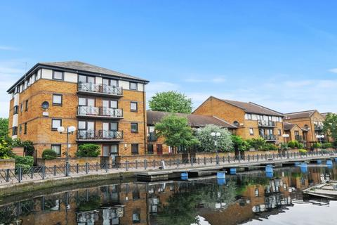 1 bedroom flat for sale - Whiteadder Way, Canary Wharf E14