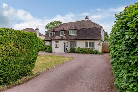 4 bedroom detached house for sale - Pilgrims Way, Kemsing, Sevenoaks, Kent