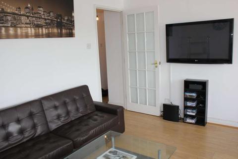 2 bedroom house to rent - Block    H Windsock Close, Plough Way, SE16 7FL
