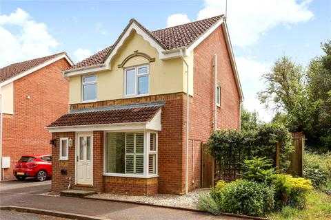 3 bedroom detached house for sale - Badger Close, Four Marks, Alton, GU34