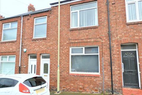 3 bedroom flat for sale - Prince Consort Road, Hebburn
