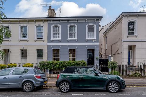 4 bedroom townhouse for sale - Sydenham Villas Road, Cheltenham, Gloucestershire, GL52