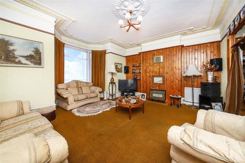 5 bedroom semi-detached house for sale - Little Heath, Charlton, SE7