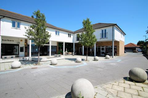 2 bedroom flat for sale - Queensway, Lancing
