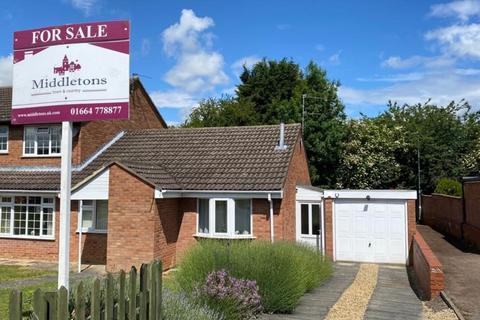 2 bedroom semi-detached bungalow for sale - Kestrel Road, Melton Mowbray