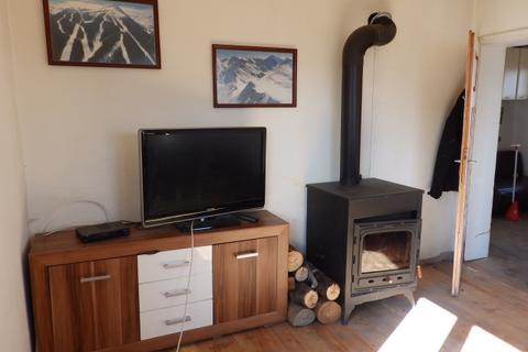 3 bedroom apartment - Bachevo, Razlog