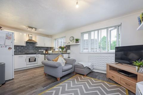 1 bedroom apartment for sale - Marigold Way, Croydon