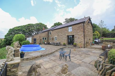 4 bedroom farm house for sale - Higham Lane, Gee Cross, Hyde, SK14