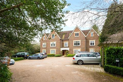 2 bedroom penthouse for sale - Beechcroft Manor, 56 Alma Road, Reigate, Surrey, RH2