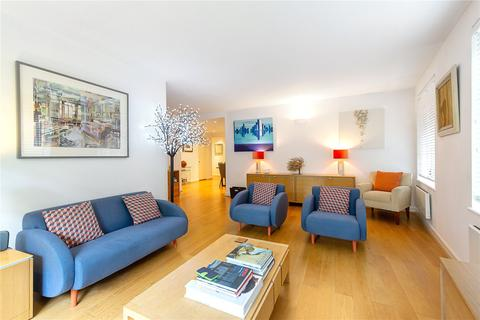 2 bedroom character property - The Circle, Queen Elizabeth Street, London, SE1