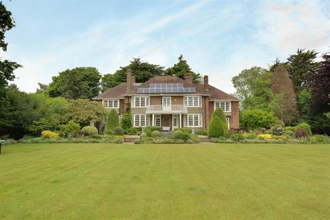 7 bedroom detached house for sale - Brimley, Beverley