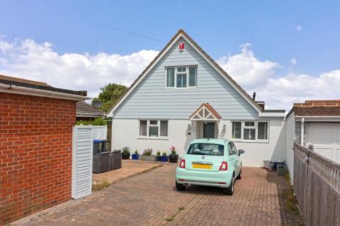 3 bedroom detached house for sale - Alexandra Road, Lancing