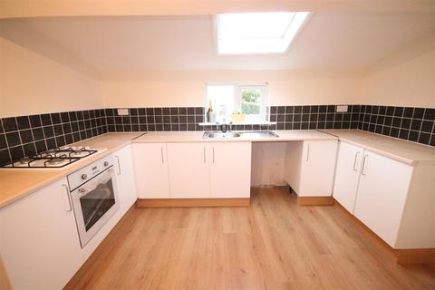2 bedroom flat to rent - High Street, Willington, Crook