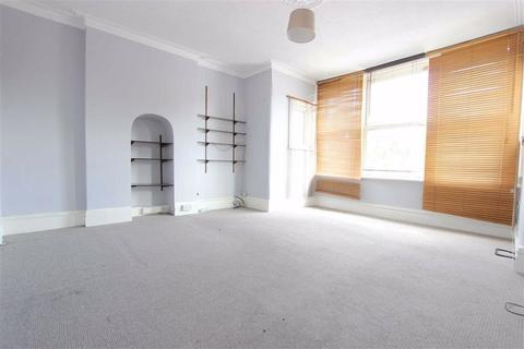 3 bedroom flat to rent - Selborne Road, Southgate, London