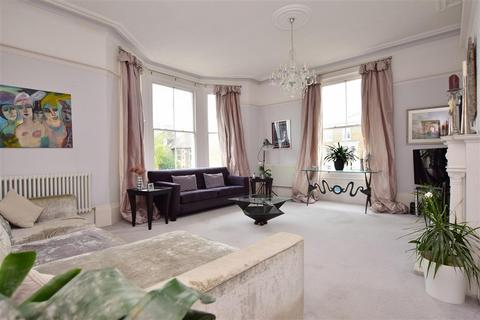 5 bedroom end of terrace house for sale - Deal Castle Road, Deal, Kent