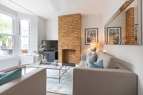 3 bedroom house for sale - Shortlands Road, Leyton