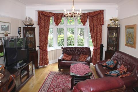 5 bedroom semi-detached house to rent - Oak Hill, Woodford Green, IG8
