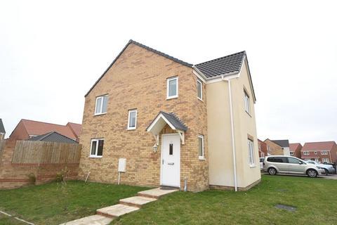 3 bedroom detached house to rent - Harrow Drive, Beck Row, Bury St Edmunds, Suffolk, IP28