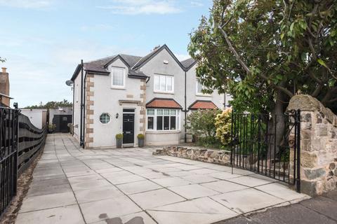 4 bedroom semi-detached house for sale - 388 Lanark Road, Edinburgh, EH13 0LX