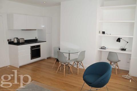 1 bedroom flat to rent - Beak Street, London, W1F