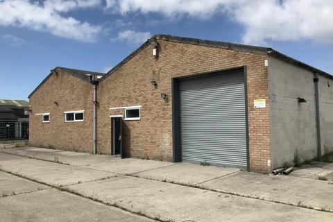 Industrial unit to rent - Clacton on Sea