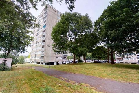 2 bedroom flat for sale - Allenford House, Roehampton