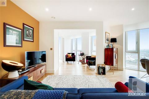 2 bedroom flat to rent - Sky View Tower, 12 High Street, London, E15