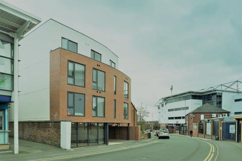 Studio to rent - The Pavillion, 45 St Michael's Lane, Headingley, Leeds LS6