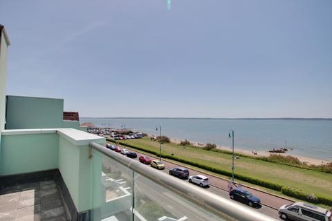 2 bedroom penthouse for sale - PROMENADE COURT, MARINE PARADE WEST, LEE-ON-THE-SOLENT