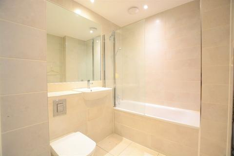 2 bedroom flat to rent - Western Road, City Centre, Brighton, BN1