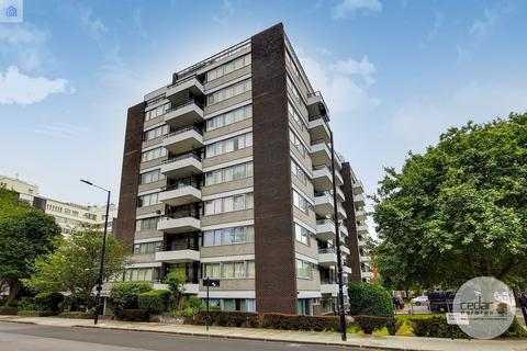 4 bedroom flat for sale - Avenue Road, St. John's Wood NW8