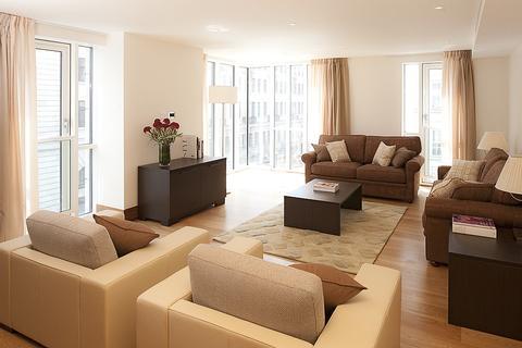 3 bedroom flat - Baker Street, LONDON