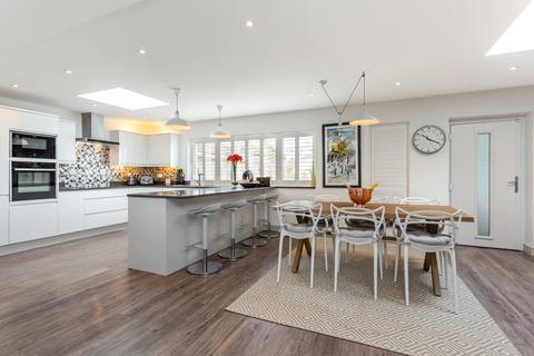 4 bedroom detached house for sale - Albert Drive, Cheltenham GL52 3JH