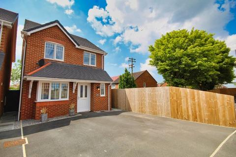 3 bedroom detached house for sale - Mayfield Park, Saltney