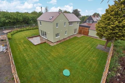 4 bedroom detached house for sale - Mayland - Fenn Wright Signature