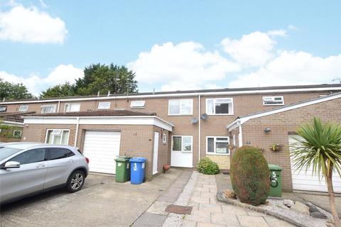 3 bedroom terraced house to rent - Rugby Close, Owlsmoor, Sandhurst, Berkshire, GU47