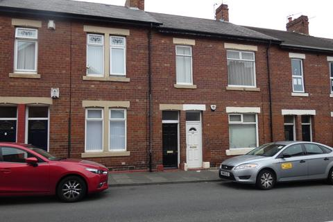 3 bedroom flat to rent - Norham Road, North Shields