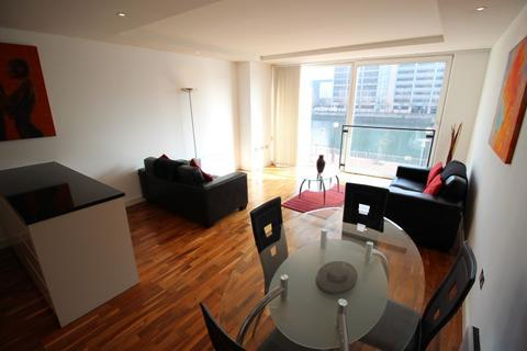 2 bedroom apartment to rent - Dock 9, 94 The Quays, Salford Quays