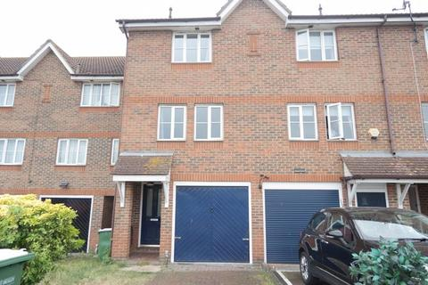 3 bedroom townhouse to rent - St Andrews Close, North Thamesmead London SE28