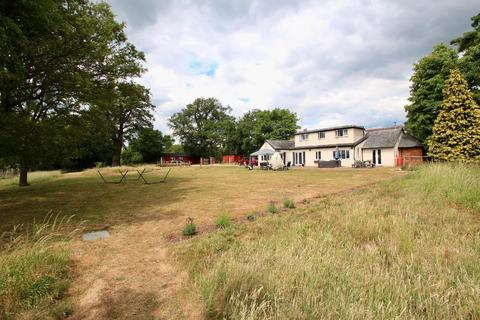 5 bedroom detached house for sale - Walkern Road, Watton-at-Stone, Herts, SG14 3RN