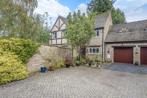 3 bedroom detached house for sale - Highfield Lane, Cirencester, GL7