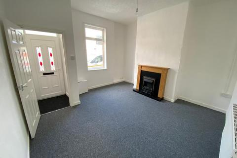 2 bedroom terraced house to rent - Wellington Road, Blackburn