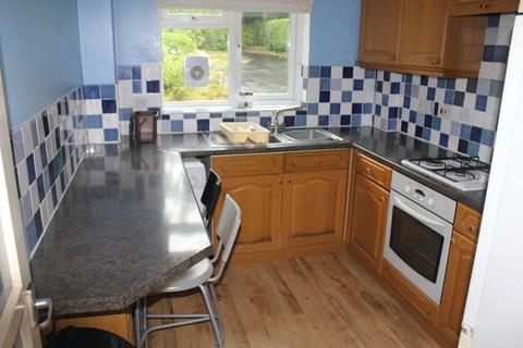4 bedroom flat to rent - Lovelace Road, Surbiton