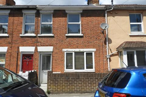 3 bedroom terraced house to rent - William Street, Swindon
