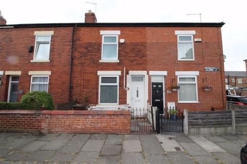 2 bedroom terraced house to rent - Gilbert Street, Eccles, Eccles Manchester
