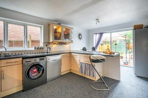 4 bedroom detached house for sale - Alness Drive, Acomb Park, York